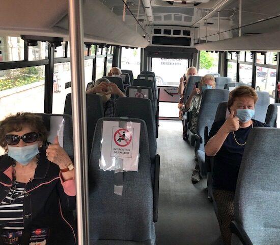 transport pour vaccination pour la covid-19 à l'aide des minibus des résidences soleill